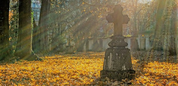 2 noiembrie: ziua celor dinaintea noastră