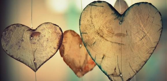 Iubirea inter-umană: între limitări carnale şi confuzii