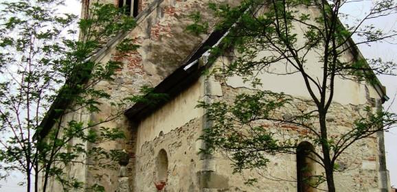 Biserica de piatră din Sântămărie-Orlea