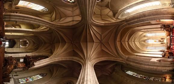 Stilul gotic în arhitectura medievală românească